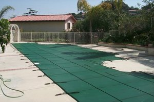 mesh-pool-covers-colors